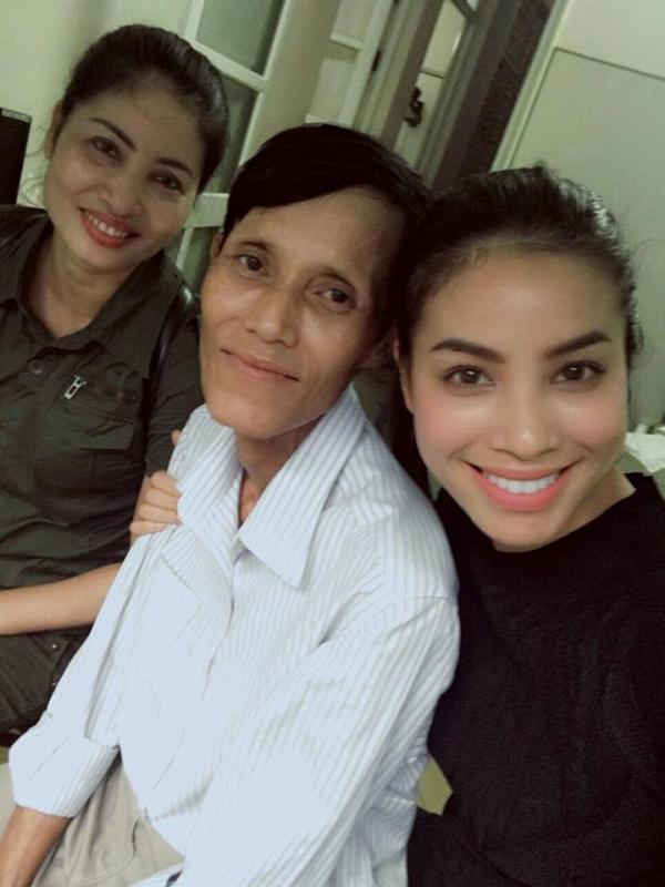 Bố Hoa hậu Phạm Hương qua đời ở tuổi 52 tại nhà riêng