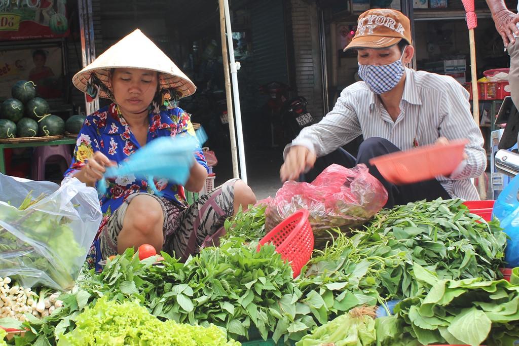 Giá cả thị trường ngày hôm nay (16/10): Không khí lạnh tràn về giá rau xanh tăng tại Hà Nội