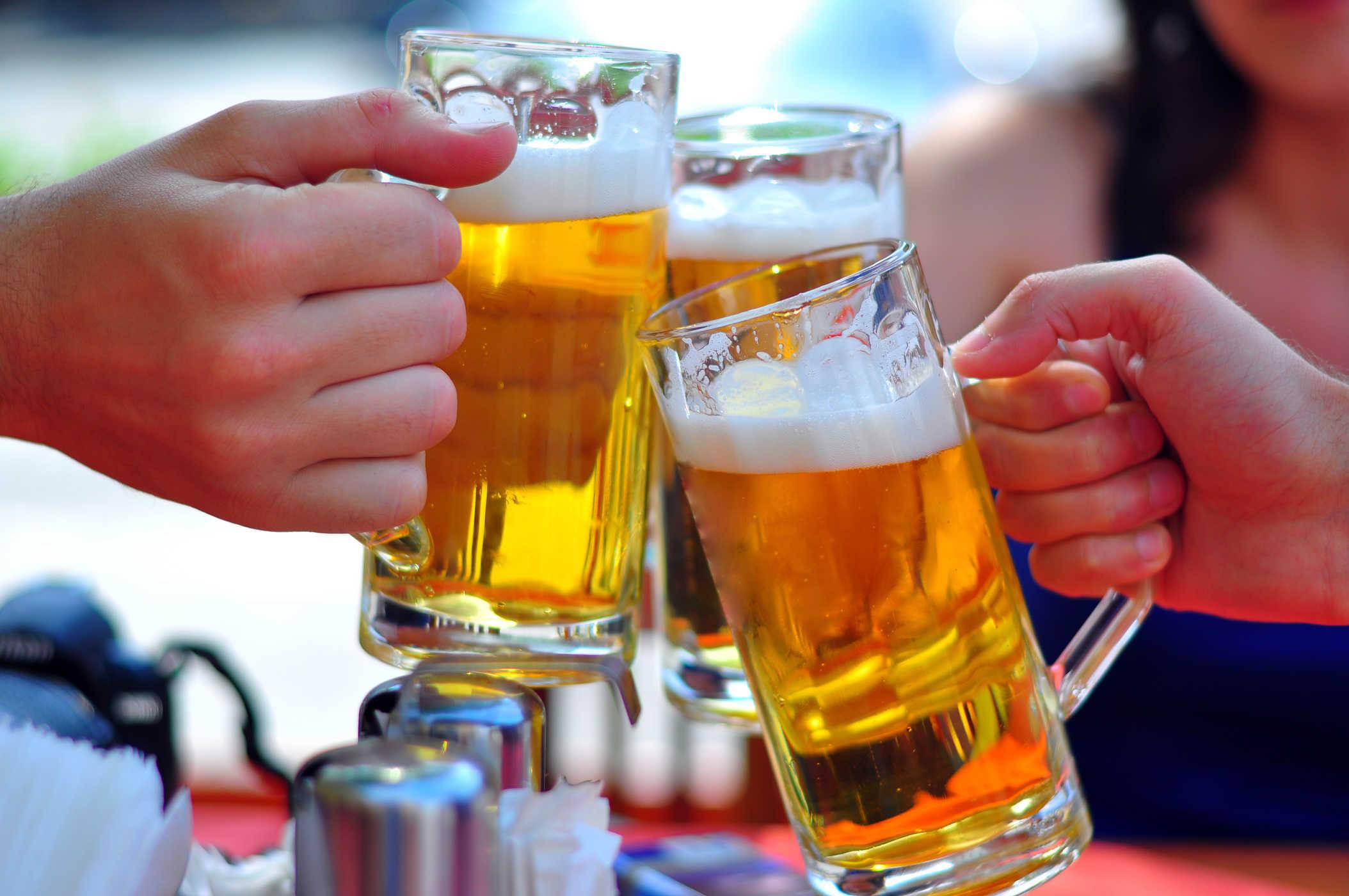 Năm 2017, người Việt uống hơn 4 tỉ lít bia tăng 6% do với năm 2016