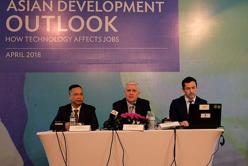 'Việt Nam sẽ là quốc gia tăng trưởng nhanh nhất trong khu vực Đông Nam Á'