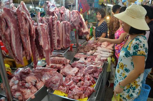 Giá lợn hơi xấp xỉ 50.000 đồng/kg: Người chăn nuôi vui mừng, Cục chăn nuôi ra khuyến cáo