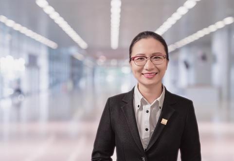 Võ Thị Khánh Trang – Trưởng bộ phận Nghiên cứu tư vấn