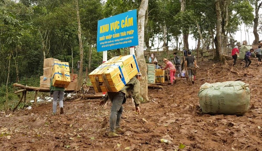 Phó Thủ tướng Thường trực chỉ đạo xử lý nghiêm vụ buôn lậu tại Lạng Sơn