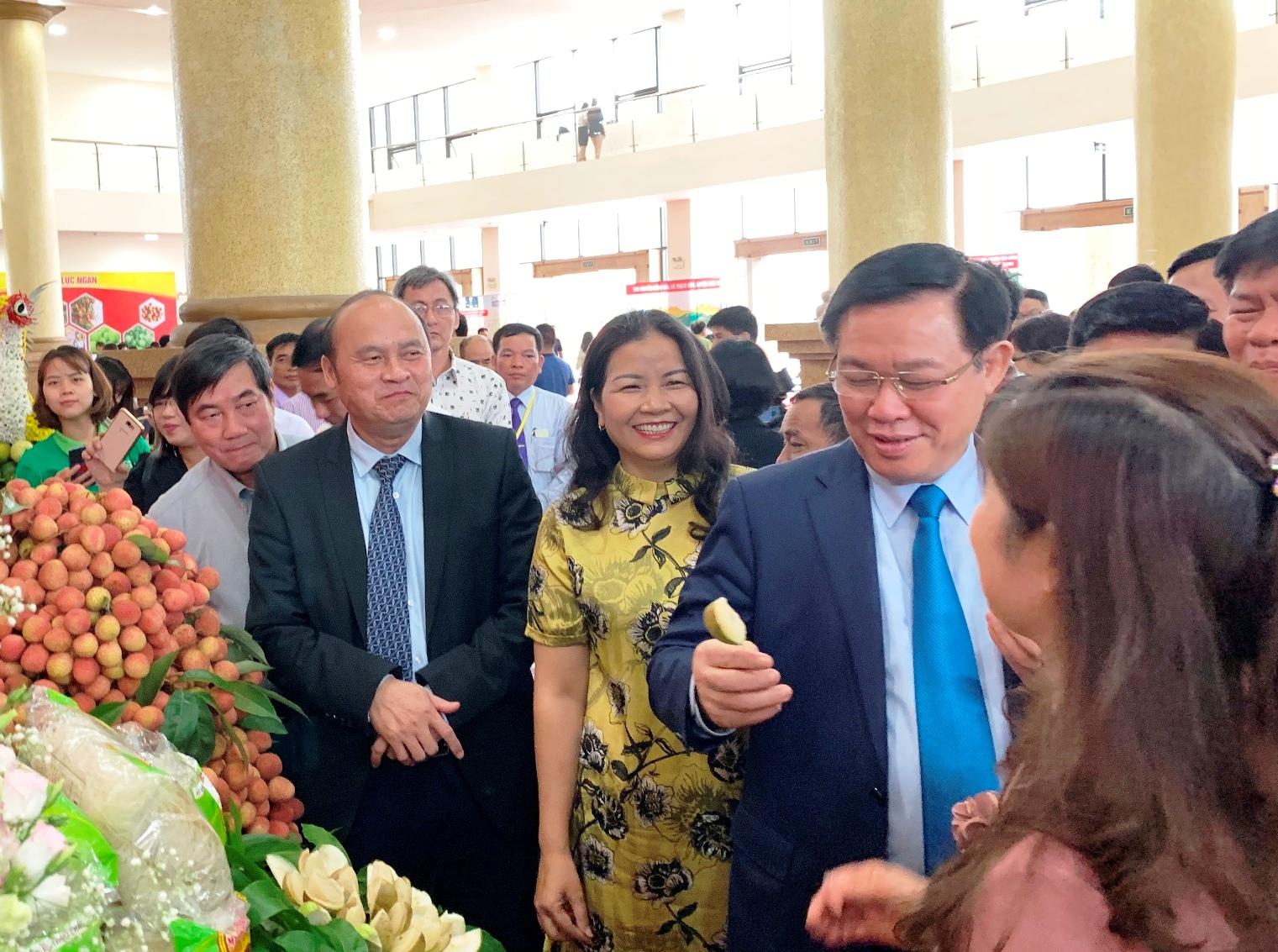 Vải thiều Bắc Giang năm nay thơm ngon hơn năm 2018