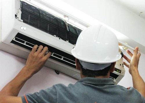 Vạch mạch những cách moi tiền của thợ sửa điều hòa mùa nắng nóng