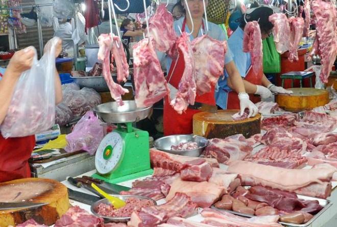 Thủ tướng yêu cầu báo cáo, nêu rõ trách nhiệm việc tăng giá thịt lợn