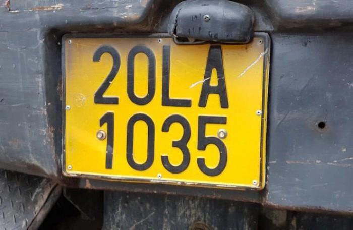 Từ 1/8, ôtô Kinh doanh vận tải phải đổi sang biển màu vàng