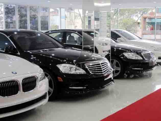 Dù Covid - 19 quay trở lại, thị trường ô tô vẫn tăng trưởng