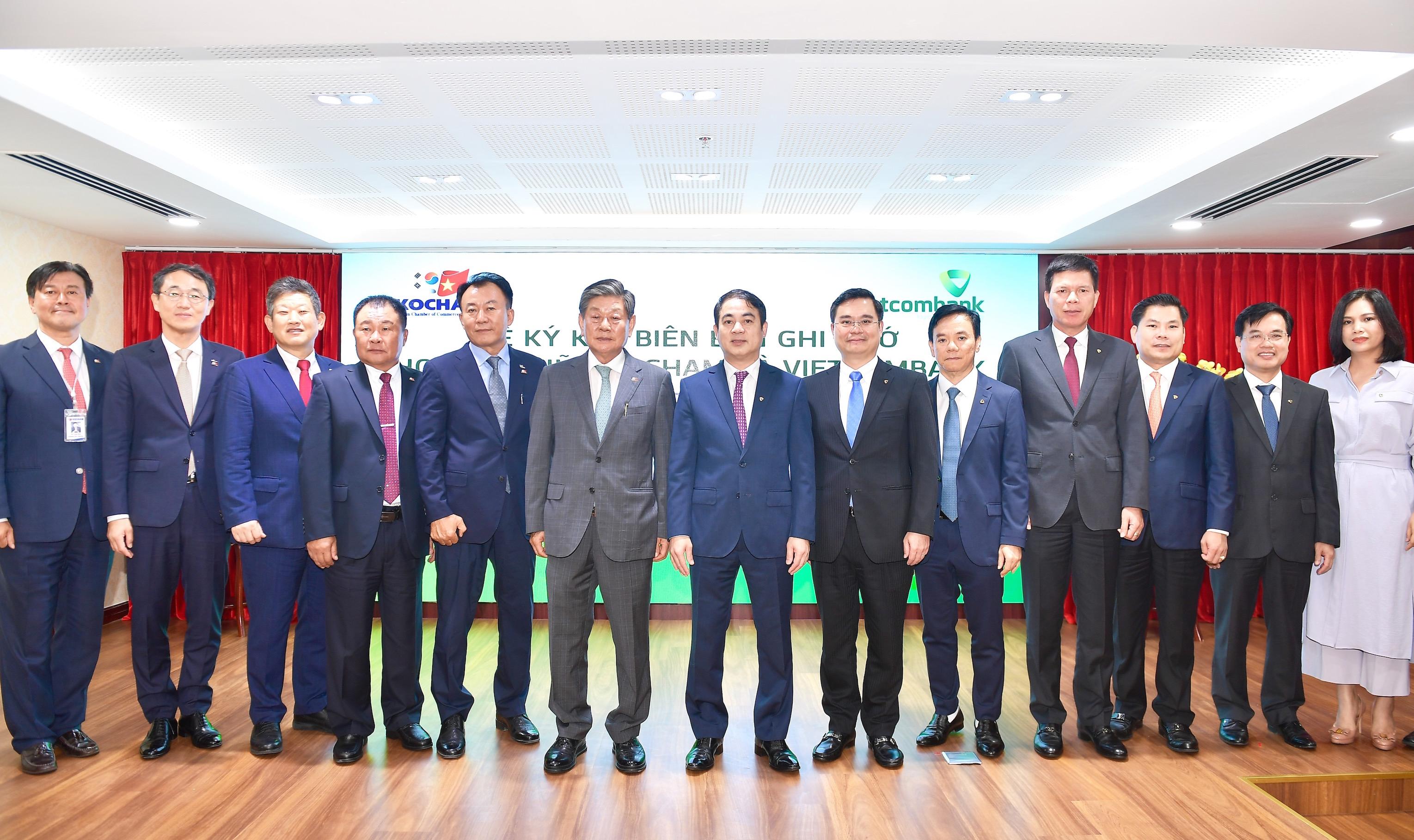 Lễ ký kết Biên bản ghi nhớ hợp tác giữa Vietcombank và Kocham