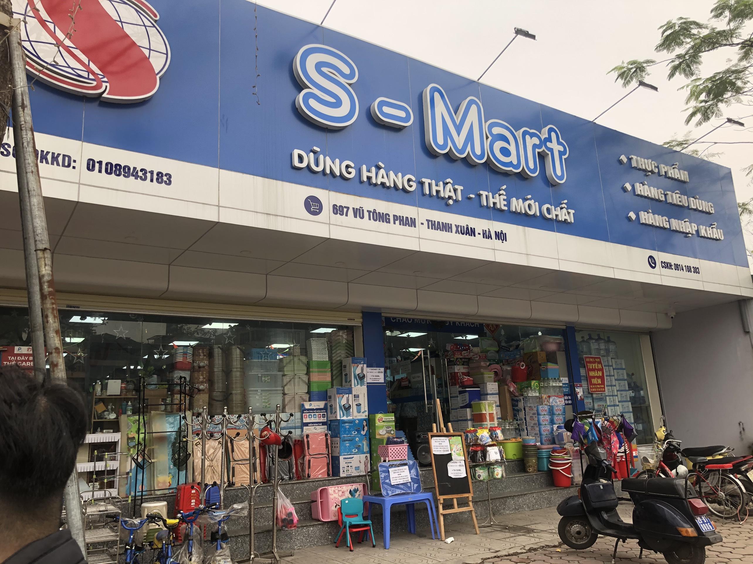 Siêu thị S-Mart Vũ Tông Phan bán hàng hết 'date', hàng hóa không rõ nguồn gốc?