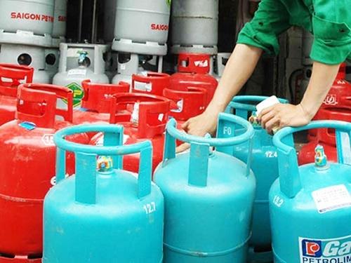 Từ hôm nay giá gas tăng 14.000 đồng/bình 12 kg