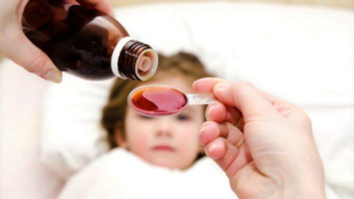 Cách chuẩn bị tủ thuốc tại nhà cho trẻ theo hướng dẫn của bác sĩ