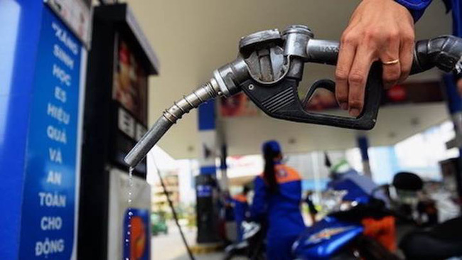 Bộ Công Thương lý giải nguyên nhân giá xăng dầu trong nước 'leo thang'