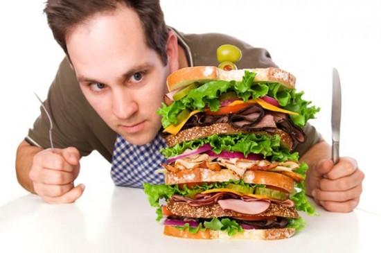 Một chế độ ăn uống không hợp lý sẽ khiến chứng yếu sinh lý ở nam giới trầm trọng hơn