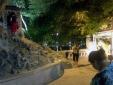 Hà Nội: Ngáo đá, nam thanh niên đập phá miếu thờ ở kè Tháp Bút