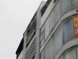 Tp. HCM: Báo cháy cho thẩm mỹ viện 6 tầng bằng cách...ném đá