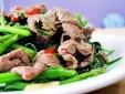 Cách làm món rau muống xào thịt bò nhiều dưỡng chất