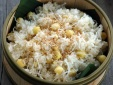 Cách nấu xôi dừa hạt sen dẻo thơm giúp chữa mất ngủ