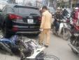 Cận cảnh hiện trường xe Santafe 'điên' đâm liên hoàn trên đường Trường Chinh (Hà Nội)