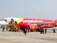 Hàng trăm hành khách 'vật vờ', bức xúc vì ba chuyến bay VietJet Air bị hoãn