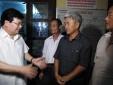 Phó Thủ tướng Trịnh Đình Dũng thăm hỏi ngư dân Quảng Bình