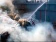 'Bà Hỏa' bao vây tàu ngầm hạt nhân của Nga, khói cuộn đen đặc