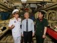 Ảnh: Tổng Bí thư thăm tàu ngầm Kilo và tàu hộ vệ Lý Thái Tổ