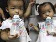 Nghi vấn sữa kém chất lượng gây bệnh lạ cho trẻ em các trường học ở Trung Quốc