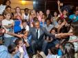 Những hình ảnh cho thấy ông Obama đặc biệt yêu mến trẻ em