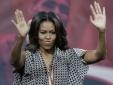Vợ tổng thống Obama bất ngờ 'gây bão' khi chồng đến Việt Nam