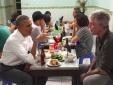 Tiết lộ thú vị từ nữ phục vụ bàn quán bún chả: 'Ông Obama không ăn tỏi'