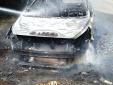 Cặp đôi 'tởn đến già' vì xe chở đoàn chụp ảnh cưới bất ngờ cháy ra tro