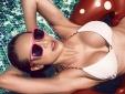 MC Phương Mai 'thiêu đốt' mọi ánh nhìn trong bộ ảnh với bikini bé xíu