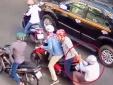 Cảnh báo hình thức mới, ngang nhiên cướp xe trên phố Sài Gòn