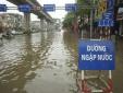 Ảnh hưởng bão số 1, nhiều nơi trong nội thành Hà Nội ngập lụt