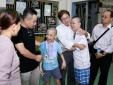 Gia đình ca sĩ Minh Thuận trao toàn bộ số tiền phúng điếu làm từ thiện