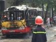 Hà Nội: Video xe buýt phát nổ rồi bốc cháy dữ dội