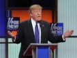 Donald Trump 'tố' ban tổ chức 'chơi xấu' trong buổi tranh luận