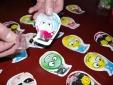 Kiên Giang cảnh báo toàn ngành giáo dục về đồ chơi 'bom thối'