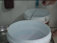 Người Sài Gòn xếp hàng xin nước sinh hoạt
