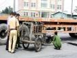Tai nạn giao thông ngày 6/12: Nghe điện thoại ở đường ray, bị tàu hỏa đâm chết