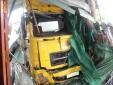 Tai nạn giao thông ngày 16/1: Người đàn ông chết lặng khi container tông tử vong con dâu và cháu