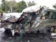 Ninh Thuận: Xe tải tông vào lan can, 3 người tử vong tại chỗ