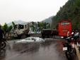 Tin mới vụ tai nạn giao thông kinh hoàng giữa xe khách và xe tải