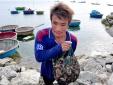 Dân đảo Lý Sơn: Kiếm bạc triệu mỗi ngày từ săn ốc mặt trăng