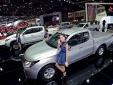 Giá ô tô tại Việt Nam tiếp tục giảm mạnh