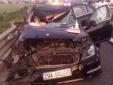 Tai nạn giao thông ngày 27/5: Ô tô 4 chỗ nát bét, 2 người tử vong tại chỗ
