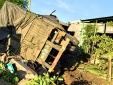 Tai nạn giao thông ngày 30/5: Xe đầu kéo tông chết người và đâm sập 3 căn nhà