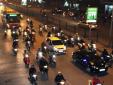 Điều khiển ô tô, xe máy không bật đèn khi trời tối nguy hiểm khôn lường