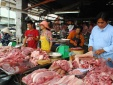 Vừa tăng hơn 20.000 đồng/kg giá thị lợn lại quay đầu giảm hơn 10.000 đồng/kg